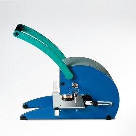 Pernuma hole-devaluation equipment