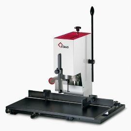 Papierbohrmaschinen und Locher