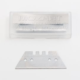 dispenser for spare blades